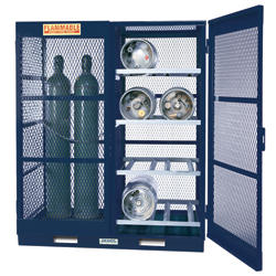 Gas Cylinder Storage with Floor Plate - Vertical - 10 to 20 Cylinders - Painted