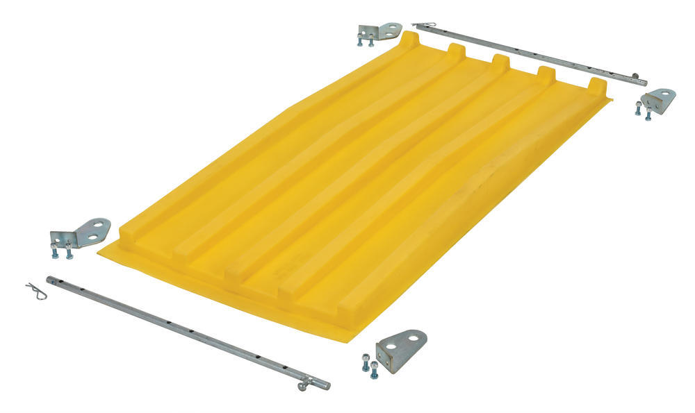 Yellow Poly Lid Size 0.33 Style D Hopper - 2
